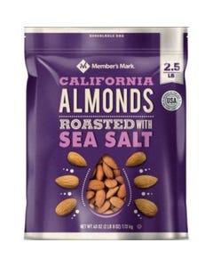 Member's Mark Roasted Almonds with Sea Salt (40 oz.) (Piece)